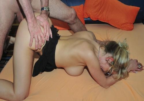 ReifeSwinger – Jana L. – Busty mature German blondie Jana L. gets cum on tits in raunchy fuck